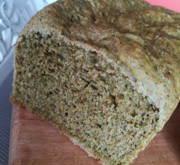 Sandvitx de pa de motlle amb espinacs amb Thermomix®