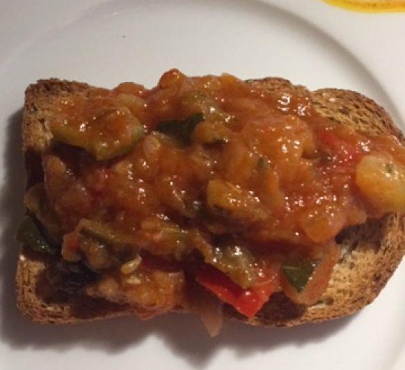 Una manera diferente de comer ''Pisto'' con verduras de temporada (samfaina)